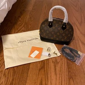 LOUIS VUITTON Alma BB - Monogram